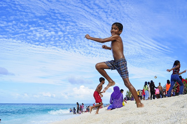 atoll-2179102_640