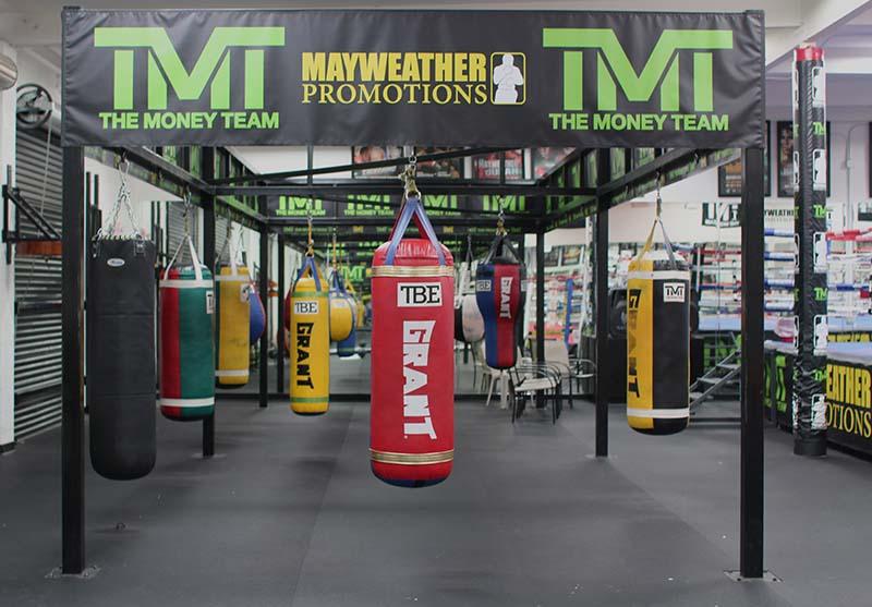 Mayweather Boxing Cluc